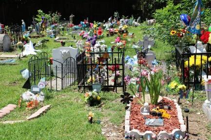 Child Graves